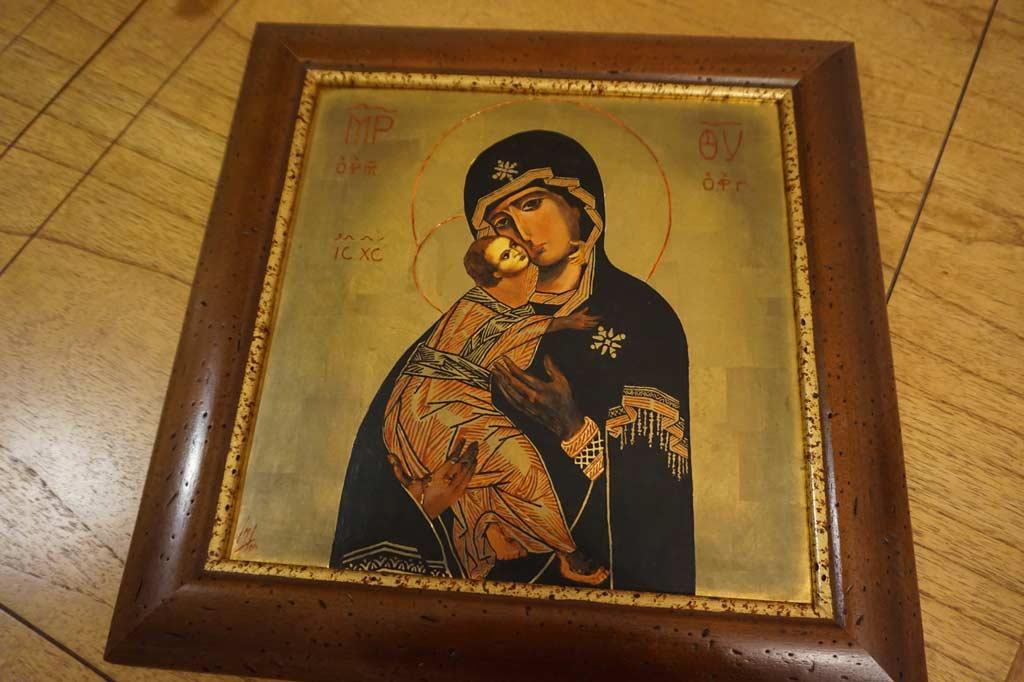 Icono de Vladimir realizado por la Artista Plástica Inma Peña, 2004 • Temple sobre tabla