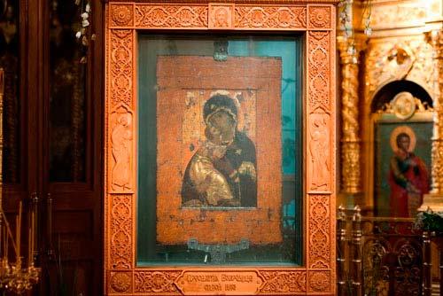 El Icono de Vladimir en la Capilla de San Nicolás