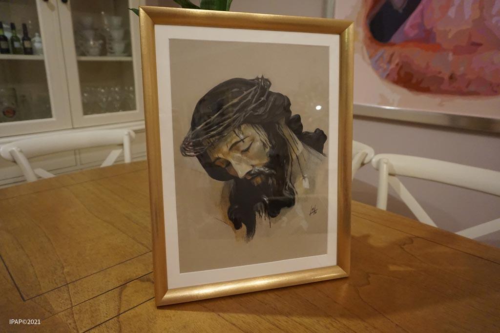 Santo Crucifijo de la Salud. Realizado por Inmaculada Peña Ruiz. 2021. Pastel, 22 x 30 cm.
